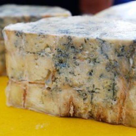 Правительство проверит качество сыров и колбасы